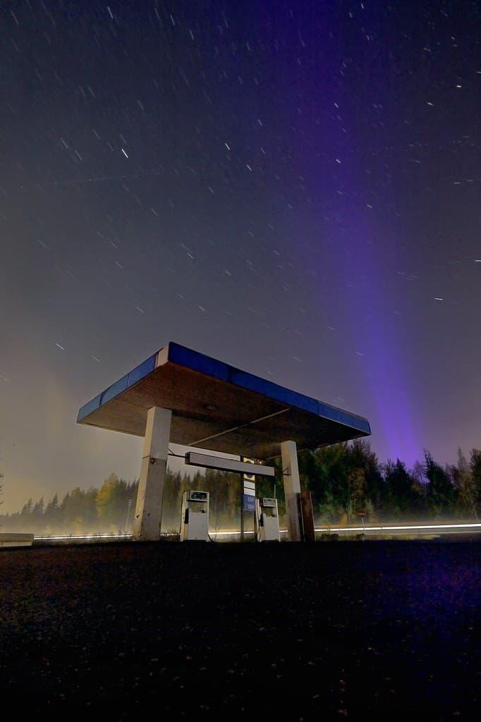 estacion de servicio abandonada
