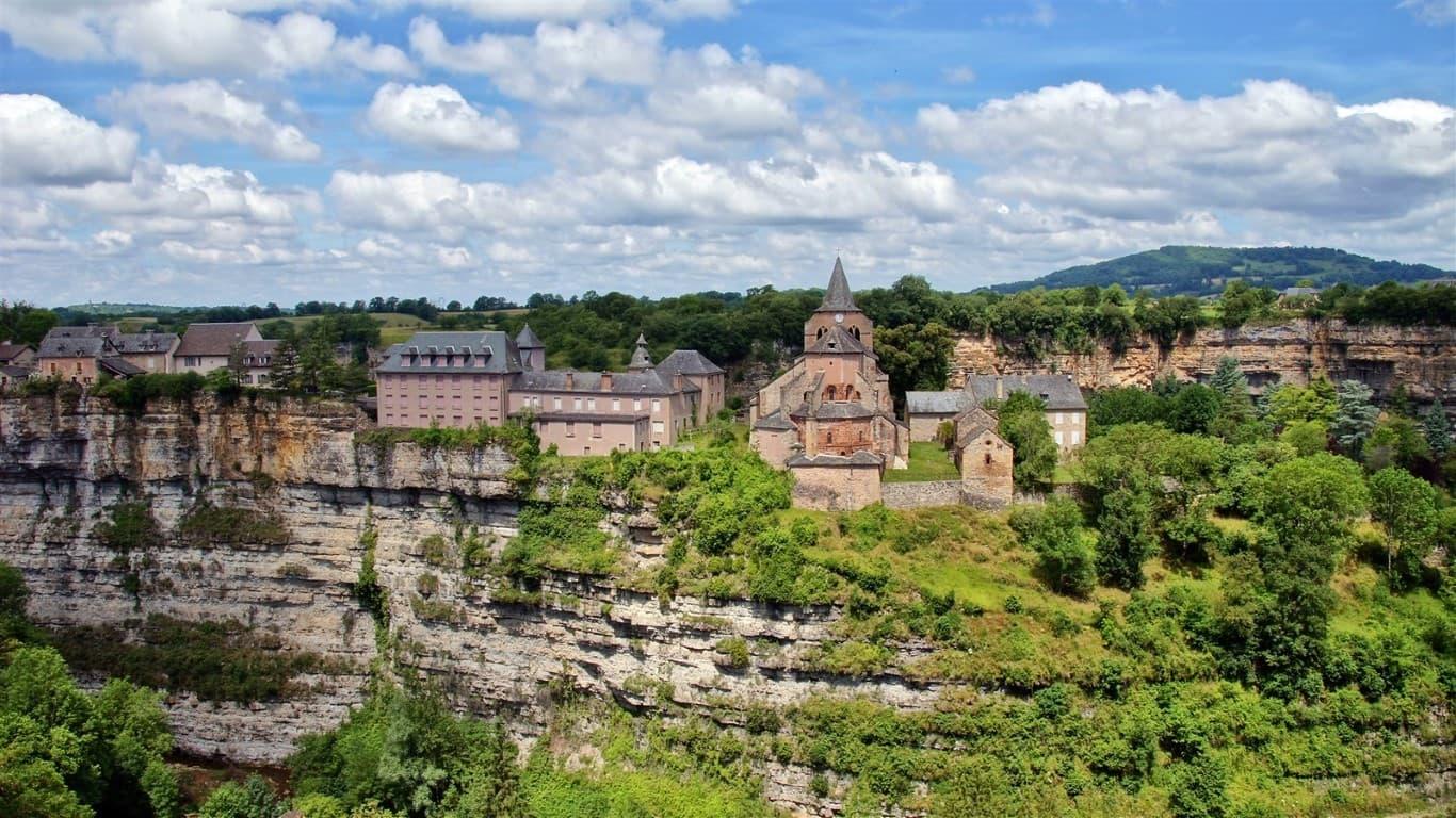 Bozouls en Aveyron Francia