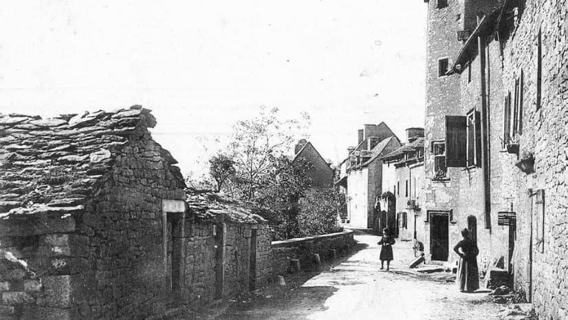 Calle del Pozo en Bozouls 1910