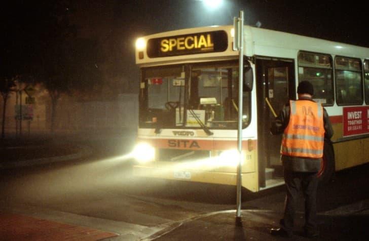 autobus por las noches