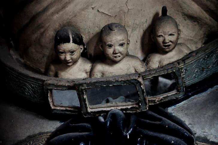 miniaturas muñecas aterradoras