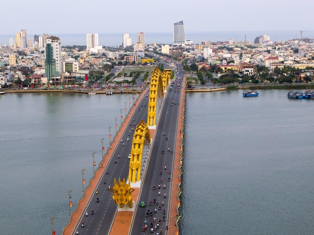 vista aerea puente da nang