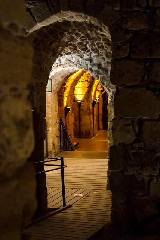 Tunel de los Templarios en Fortaleza de Acre arquitectura medieval