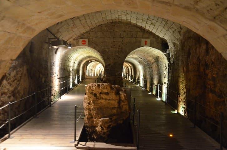 Tunel de los Templarios en Fortaleza de Acre exposicion