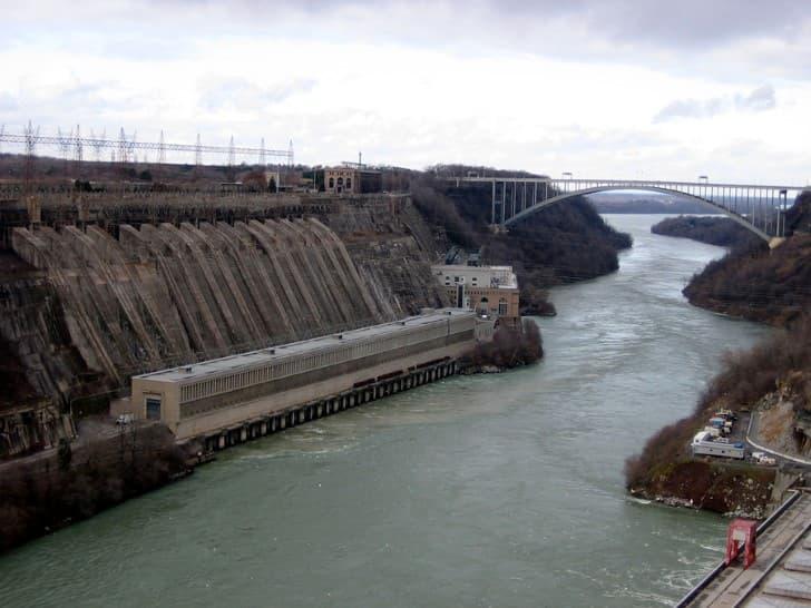 hidroelectrica en las cataratas del niagara