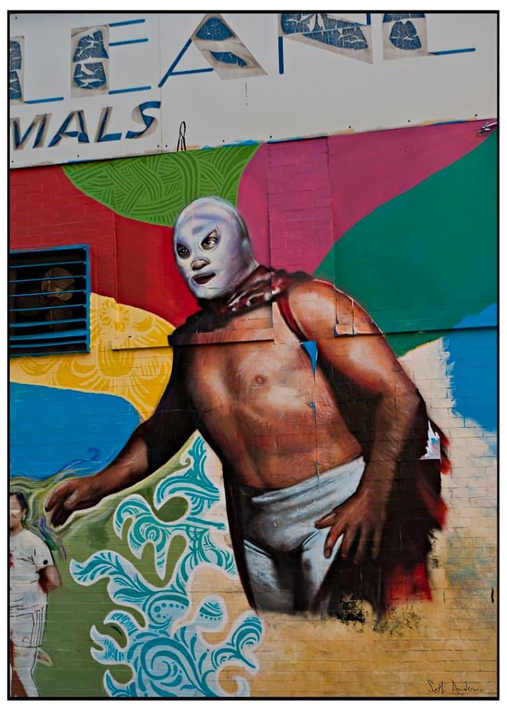mural de el santo el enmascarado de plata