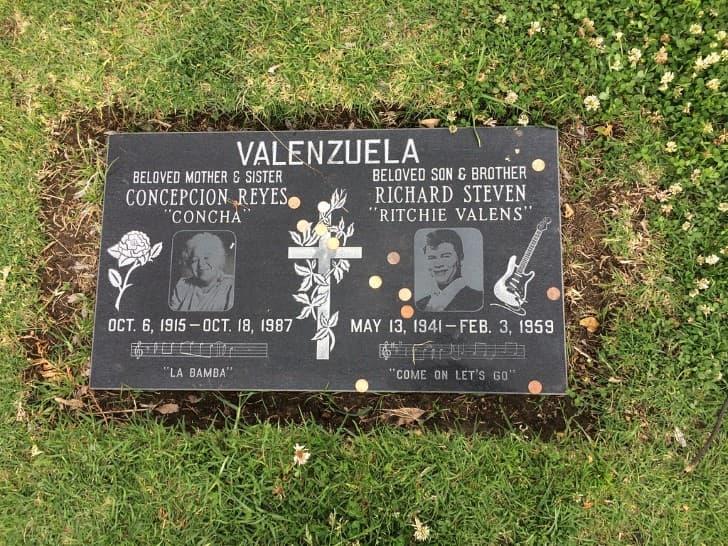 tumba de Ritchie Valens