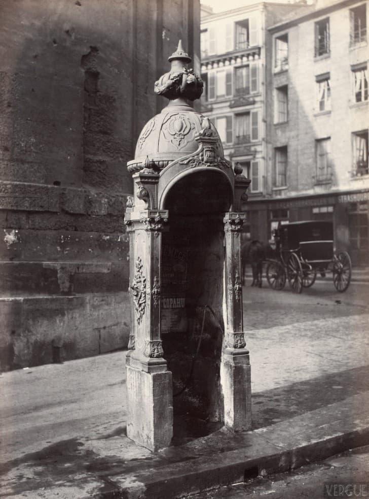 urinales publicos en paris