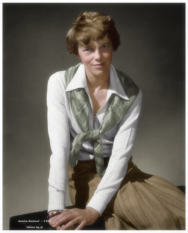 Amelia Earhart a color