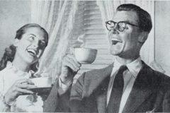 al habito de tomar cafe por la mañana