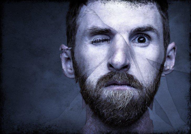 hombre rostro fragmentado