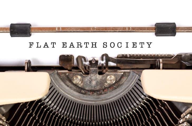 sociedad de la tierra plana