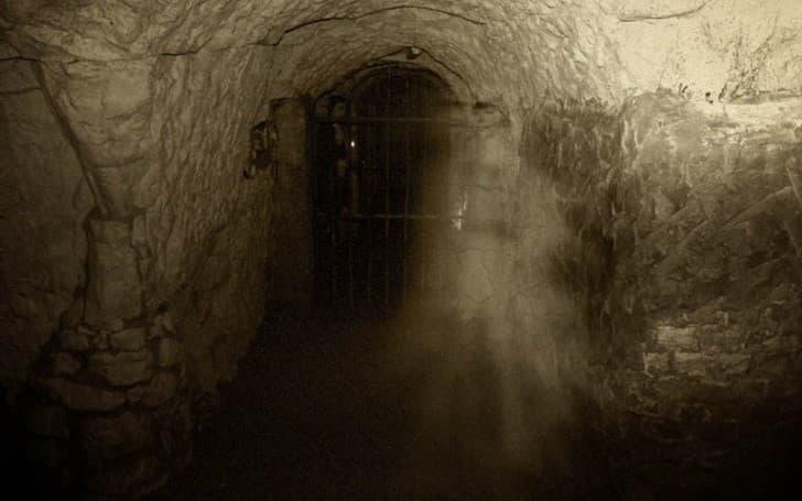 suki el fantasma de hellfire caves