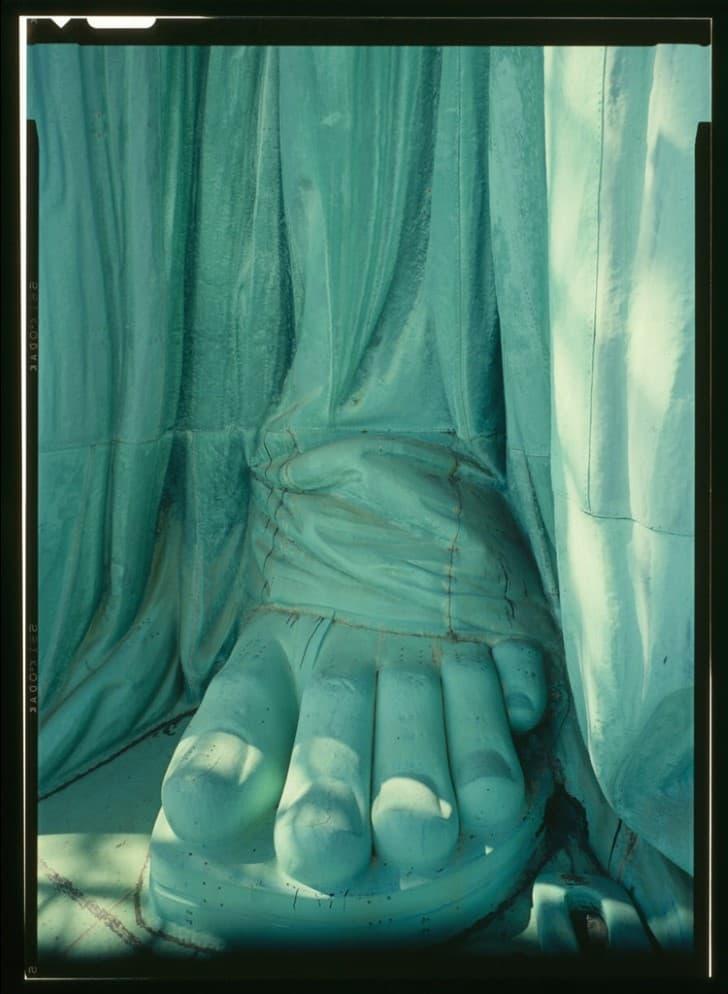 dedos estatua de la libertad