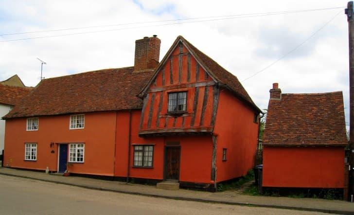 edificio colorido en Kersey
