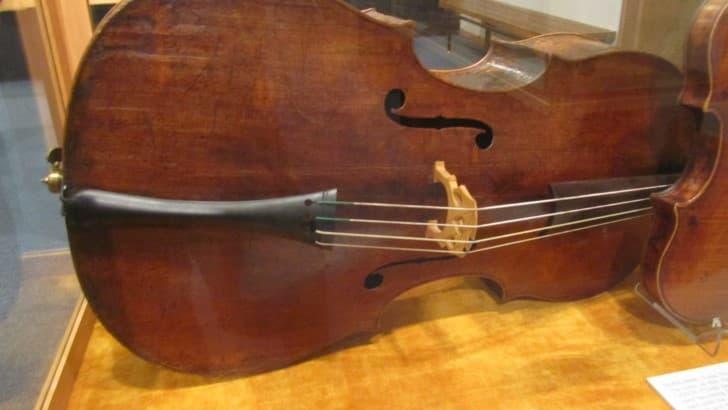 violonchelo Rey de amati