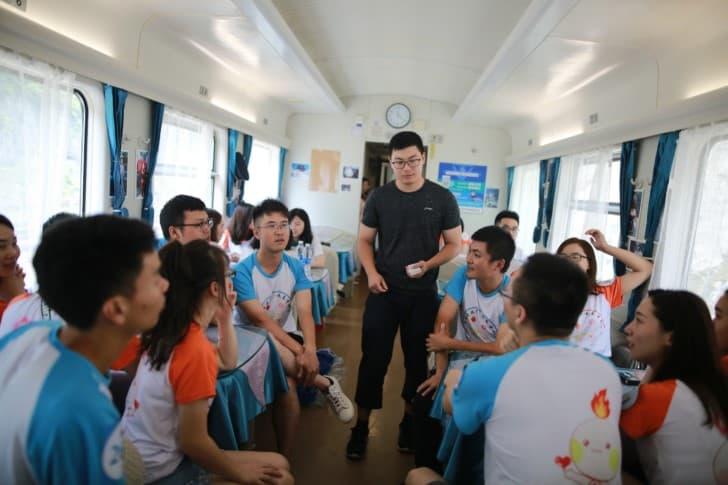 y999 tren en china