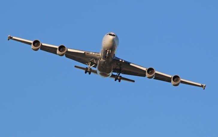 E 6B Mercury en pleno vuelo