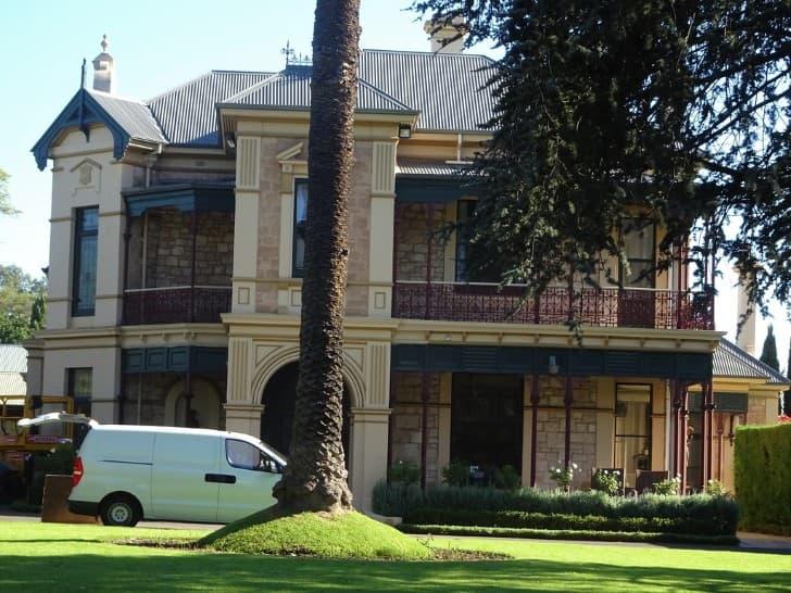 casa enorme