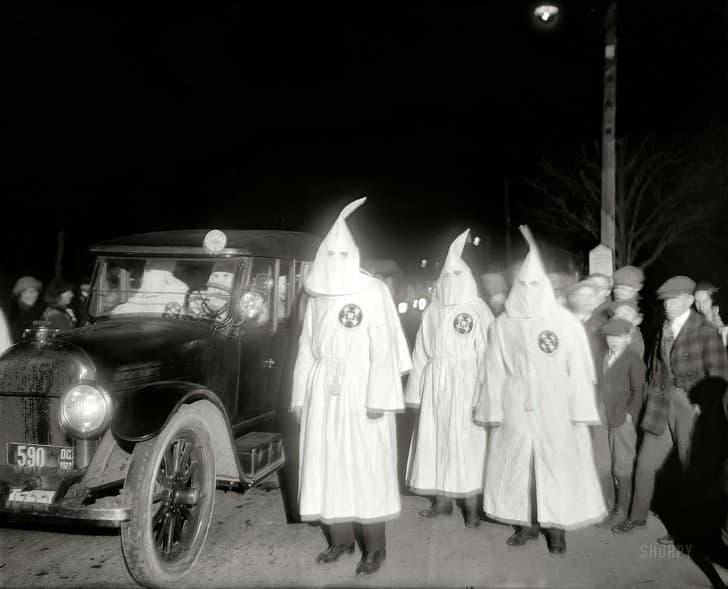 grupo del KKK en 1922