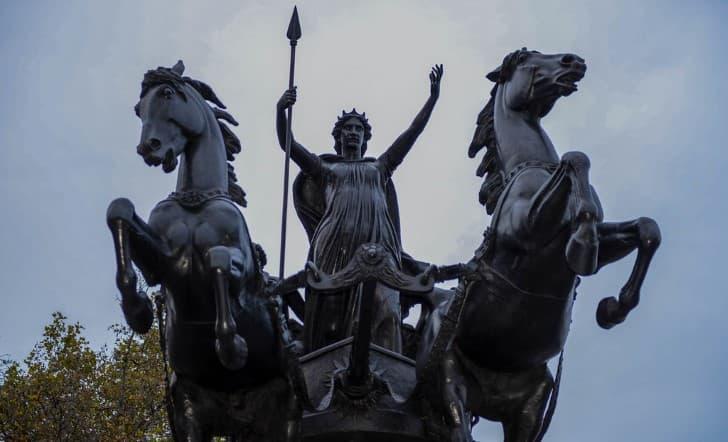 estatua de Boudica en Westminster Bridge