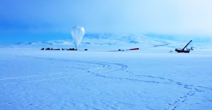 Antena Antártica de Impulso Transitivo