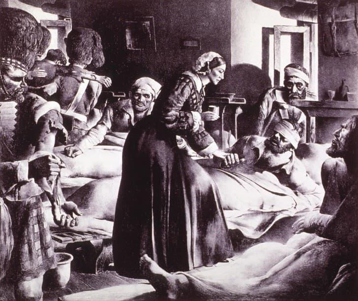 Florence Nightingale cuidando a los enfermos