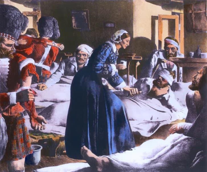 Florence Nightingale cuidando a los enfermos(1)
