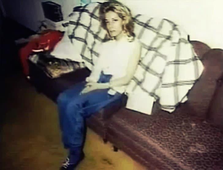 Cindy James(1)