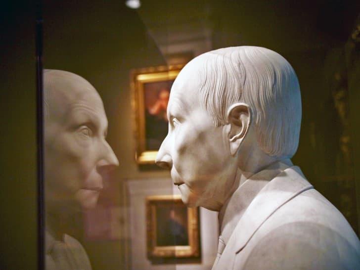 John D. Rockefeller busto