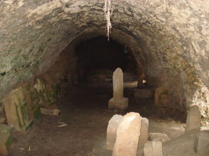 tumba oculta