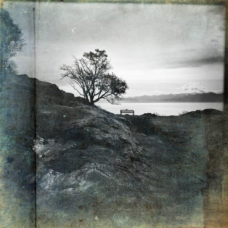 fotografia a orillas de una lago