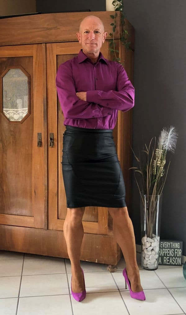 hombre vistiendo faldas Mark Bryan (4)