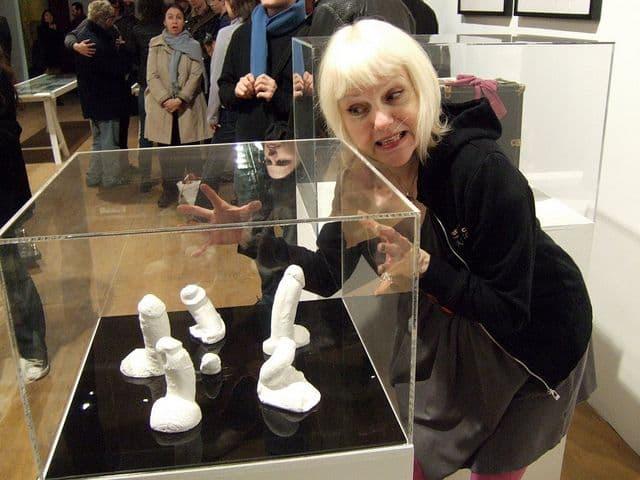 Cynthia Plaster Caster(1)