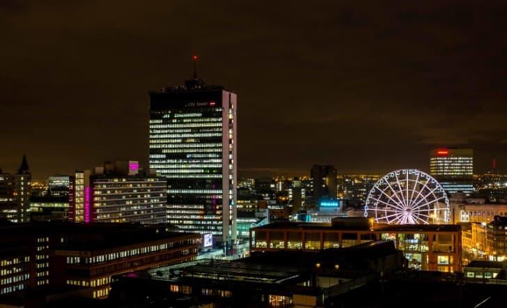 Manchester inglaterra por la noche