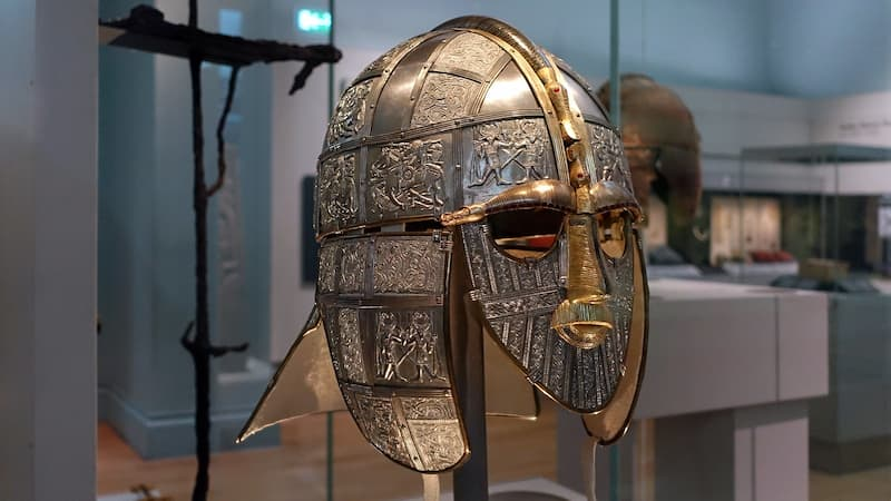 casco de Sutton Hoo