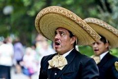 voz profunda mariachi mexicano
