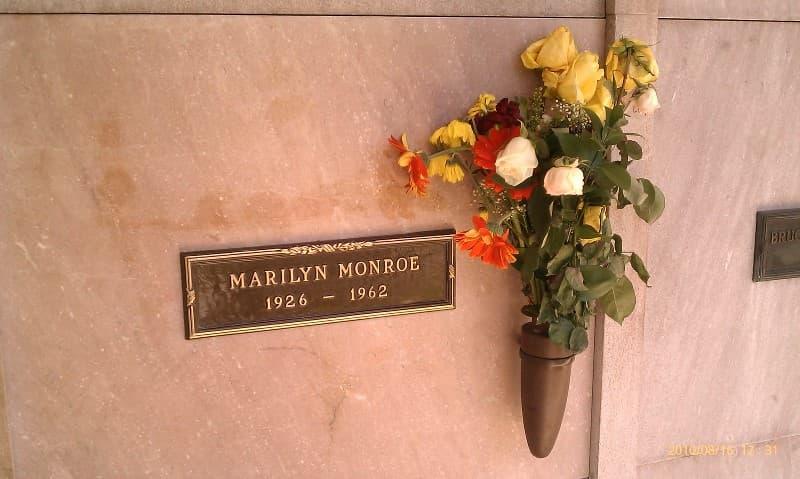 Tumba de Marilyn Monroe en Westwood Village Memorial