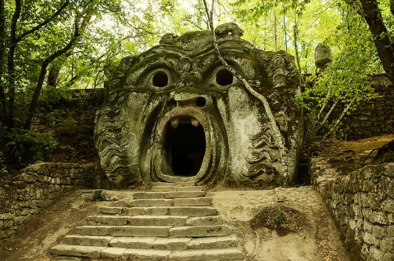 Escaleras en los bosques(1)
