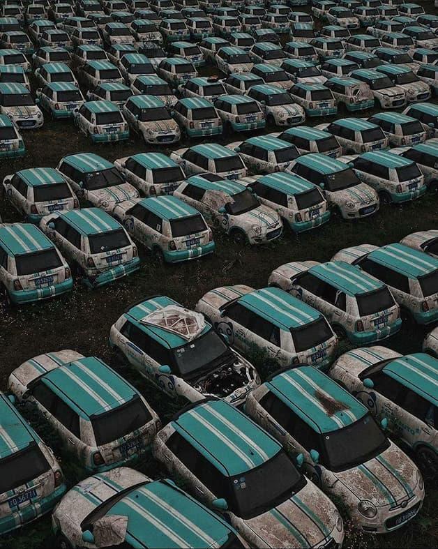 Cementerio de autos eléctricos China (1)
