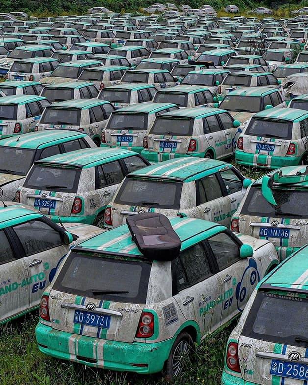 Cementerio de autos eléctricos China (2)