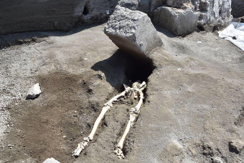 hombre aplastado en pompeya
